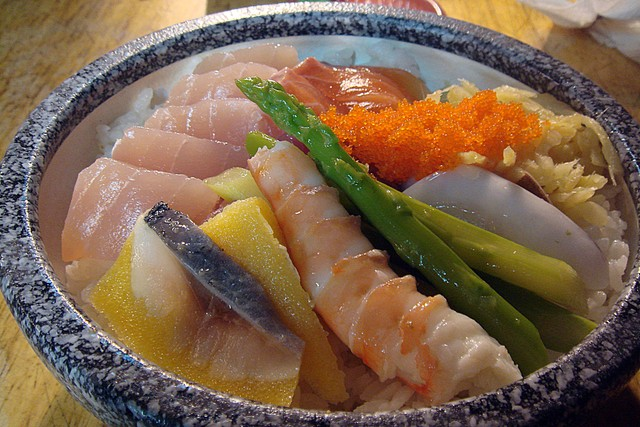 超便宜生魚片蓋飯~巧味亭 @魚樂分享誌