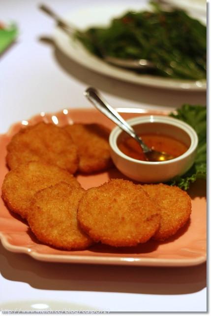 【大安區】瓦城泰國料理~服務一級棒,料理請加強.. @魚樂分享誌
