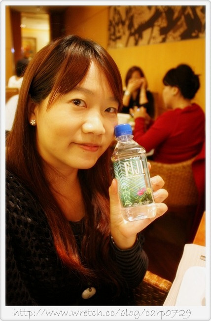 【活動】FIJI Water ~名人愛用時尚之水 @魚樂分享誌