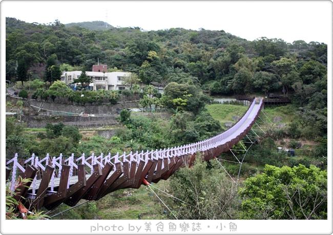 【台北內湖】白石湖吊橋‧浪漫同心池‧夫妻樹 @魚樂分享誌