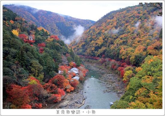 【日本旅遊】京都嵐山 龜山公園展望台 絕世賞楓美景 @魚樂分享誌