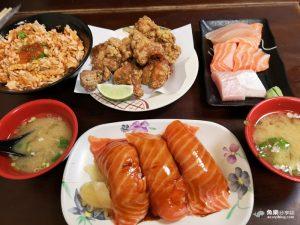 今日熱門文章:【台北萬華】三味食堂|巨無霸鮭魚握壽司|西門町平價日本料理|人氣排隊名店