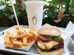 網站近期文章:【新加坡美食】Shake Shack 紐約超人氣漢堡|星耀樟宜機場美食