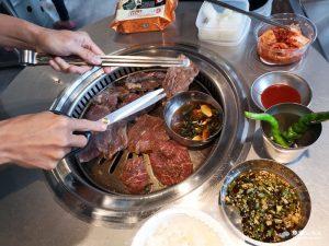 網站近期文章:【台北信義】新村站著吃烤肉|正宗韓國鐵桶燒肉